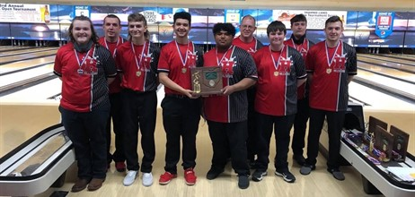 Boys Bowling going to State!